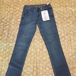 Denim - **NWT Nissi Jeans Legs Faded Pockets